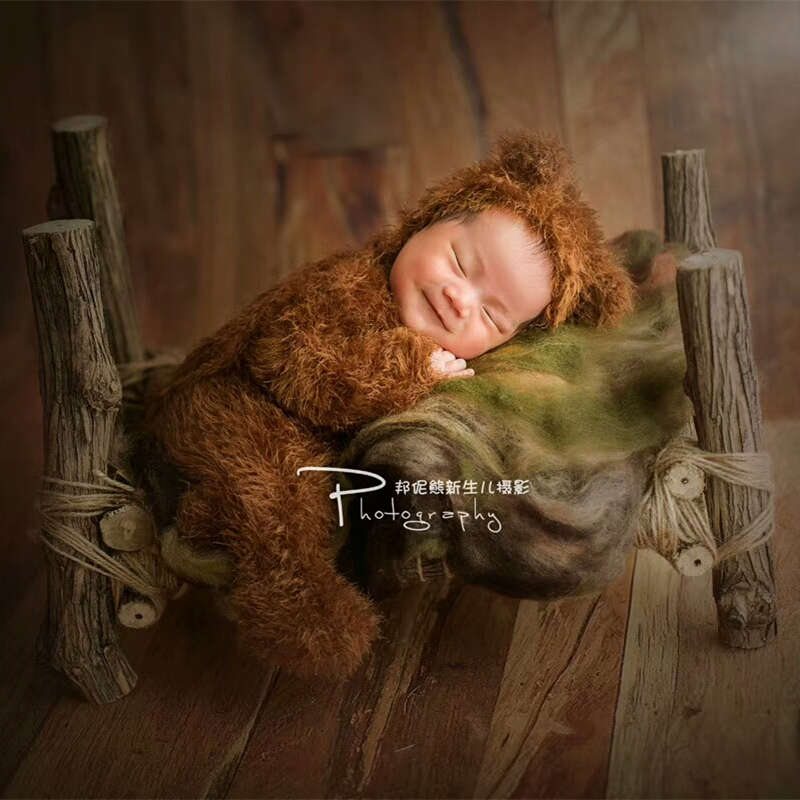 Baby fuzzy bear outfits for newborn photography props,Newborn handmade velvet Little bear on the branch photography clothing