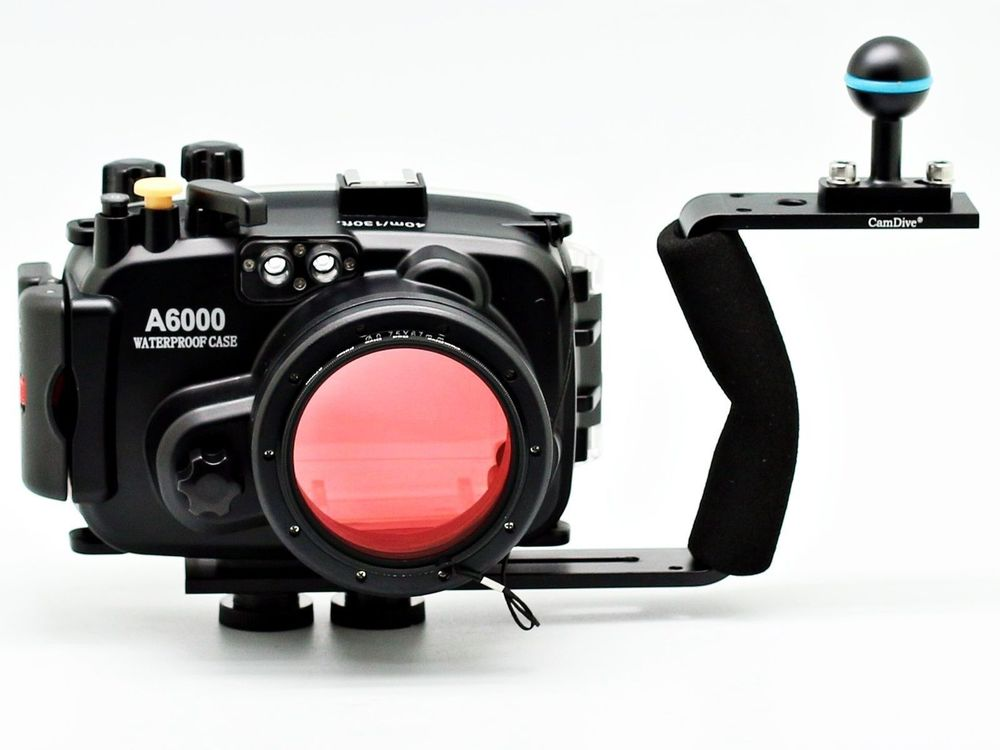 For Sony A6000 (16-50mm) 40m/130ft Meikon Underwater Camera Housing + diving handle + 67mm Red diving filter meikon underwater camera housing for sony a6000 16 50mm 40m 130ft diving handle 67mm red diving filter