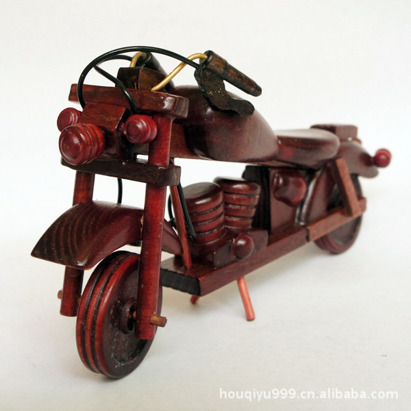 Qm816 Supply Bamboo Handicrafts Wooden Toys Motorcycle Model