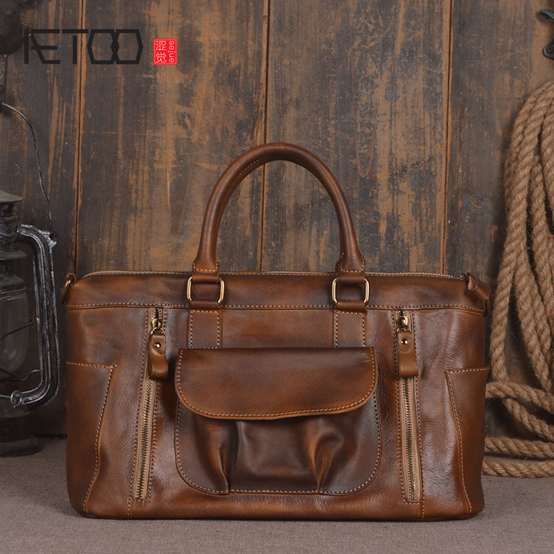 AETOO Europe and the United States trend of the first layer of planted tanned leather men handbags hand ladies shoulder diagonal aetoo spring and summer new leather handmade handmade first layer of planted tanned leather retro bag backpack bag