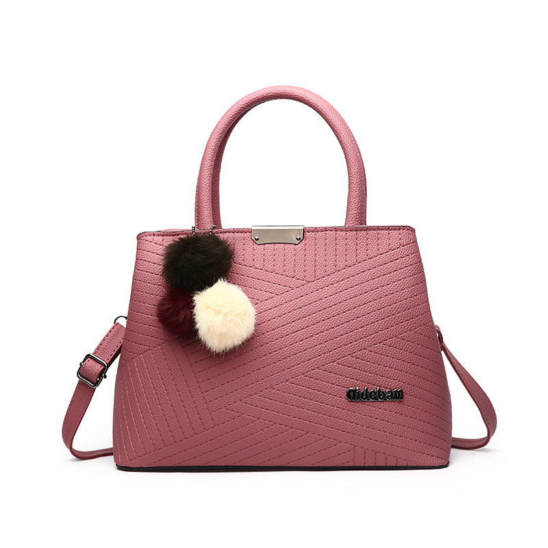 Free Shipping 2017 New Fashion Red Blue Pink with Hairball Small PU Ladies Handbag Women Messange Bags Crossbody Bag MY049