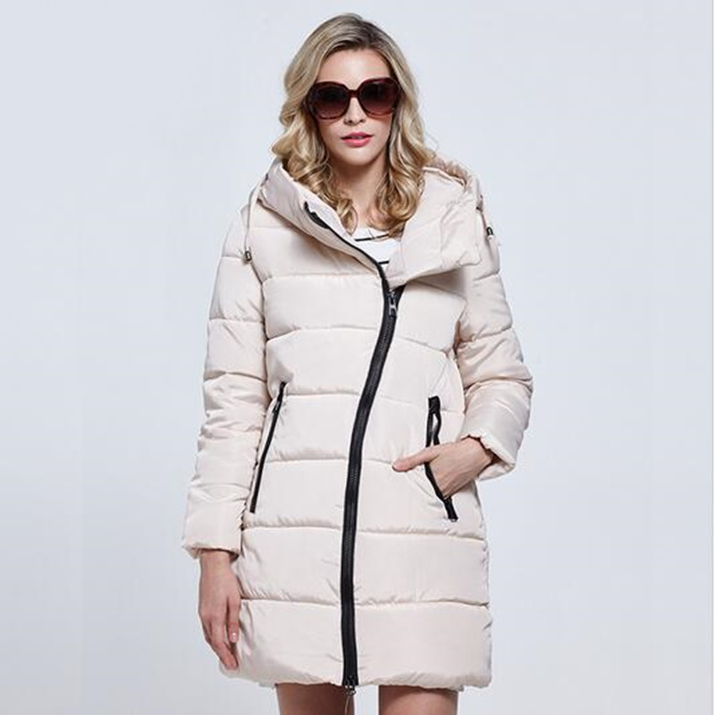 023cd6d68e9 2019 new high quality winter jacket women Parka plue size women s  lightweight jackets ladies hooded ultra light down jacket-in Parkas from Women s  Clothing ...