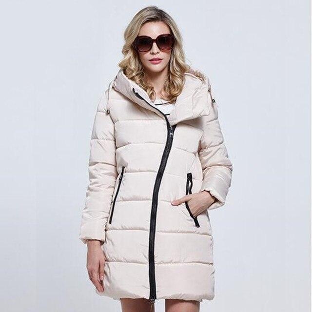 bbf1e1040d2 US $27.84 20% OFF|2019 new high quality winter jacket women Parka plue size  women's lightweight jackets ladies hooded ultra light down jacket-in ...