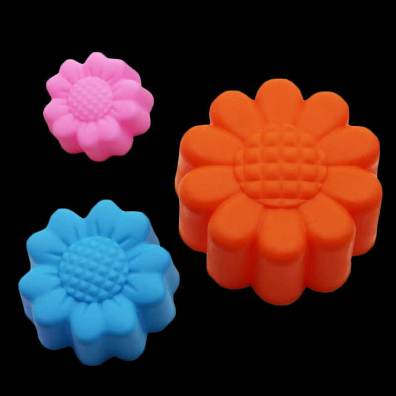 d7d9ddbb59af 4 Pcs Silicone Sunflower Cake Decoration Mold Dessert Making Baking Tools  Mini Muffin Cup Cake Tray