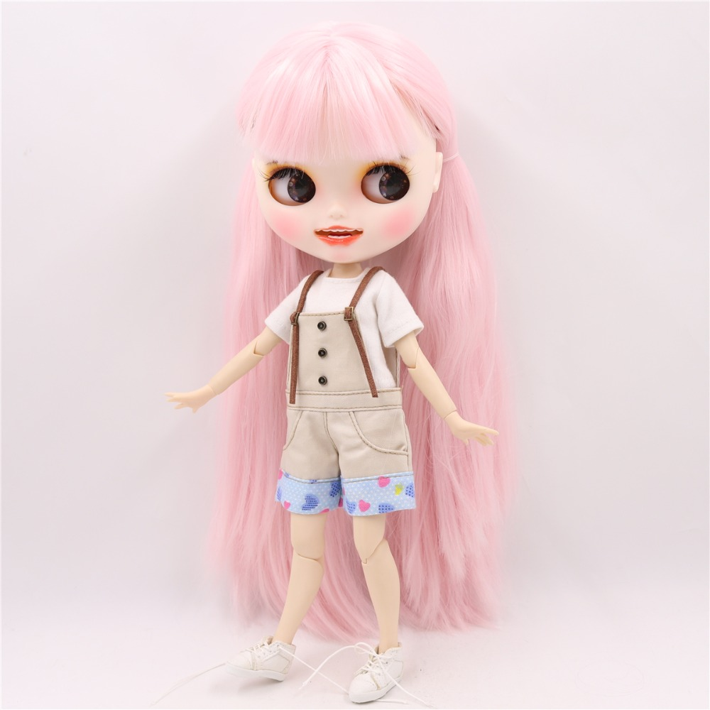 Elinor - Premium Custom Blythe Doll with Smiling Face 3