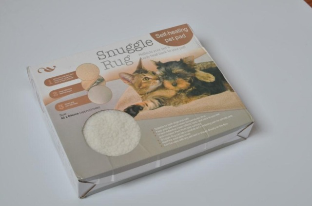 Snuggle Rug Pet Pad Small Self Heating Dogs Cats