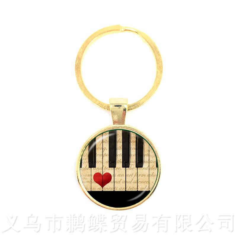 Venda quente Da Arte da Música Piano Tempo Gem Pingente de Vidro Liga Das Mulheres Dos Homens de Moda Criativa Chaveiro Chaveiros Lembranças Presente