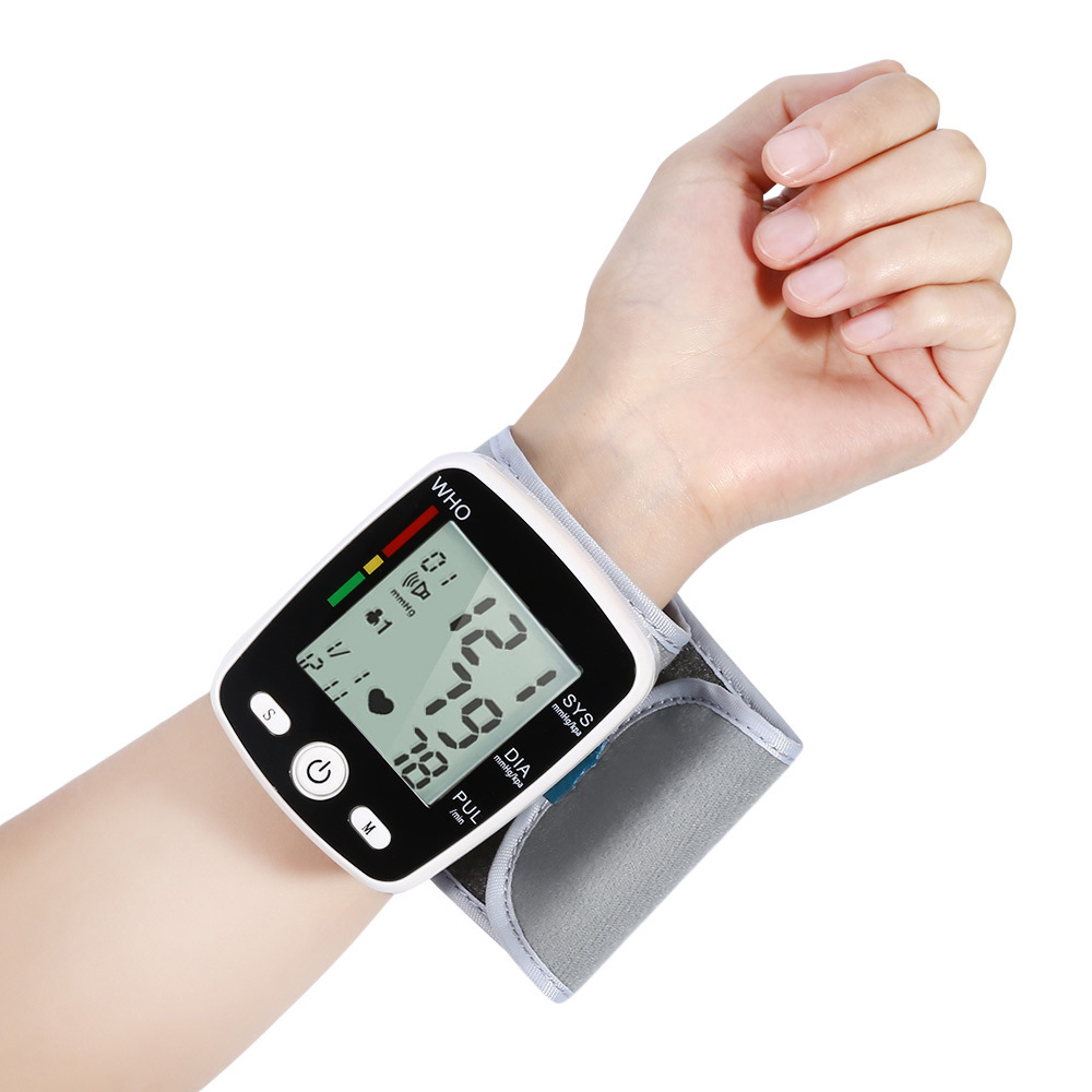 Image 2 - OLIECO Russian Broadcast Rechargeable Wrist Blood Pressure Monitor Automatic Digital Heart Rate PR Measure Meter Russian Voice-in Blood Pressure from Beauty & Health