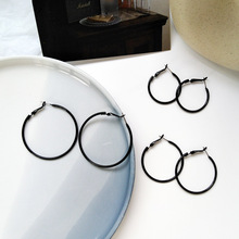 Fashionable aesthetic simple geometric shape black big earring wear fashion female hip hop hoop earrings