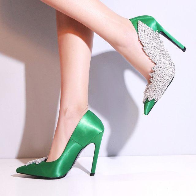 Online Shop Luchfive Silk Pointed Toe Crstal String Bead shinny ... e5219fb6994e