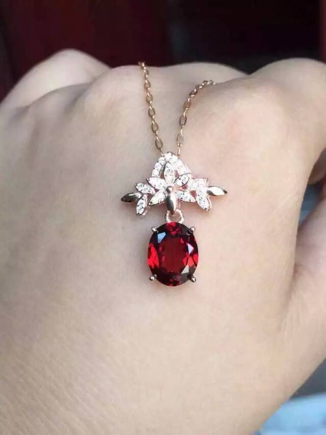 natural red garnet stone pendant S925 silver Natural gemstone Pendant Necklace trendy Elegant bauhinia flower women fine jewelrynatural red garnet stone pendant S925 silver Natural gemstone Pendant Necklace trendy Elegant bauhinia flower women fine jewelry