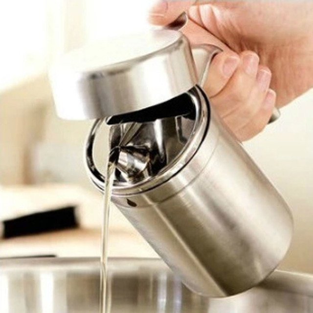 oil dispenser kitchen duck egg blue wall tiles stainless steel 500 ml container round shape of cooking