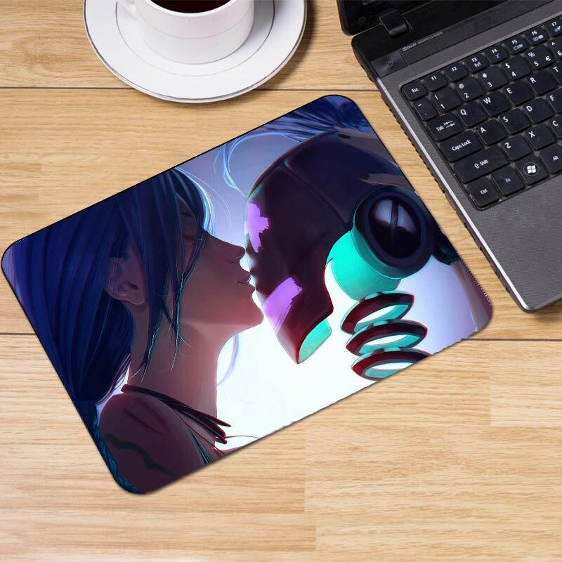 Mairuige League of Legends Mousepad High Quality Rubber Soft Mat 22x18x2cm Small Size Pc Moba Game Lol Dota2 Table Desk Mat