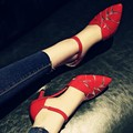 Mulheres verão malha fina saltos altos apontou bombas escavar elástico fivela sandálias da moda couro PU sexy sapatos meninas