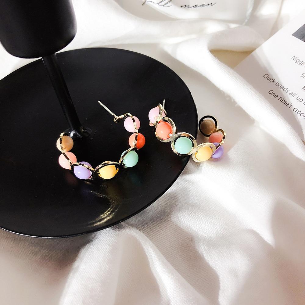 New Fashion Women Vintage Pearl Hoop Earrings C Shaped Simulated Pearl Beads Pendientes Jewelry Gifts in Hoop Earrings from Jewelry Accessories
