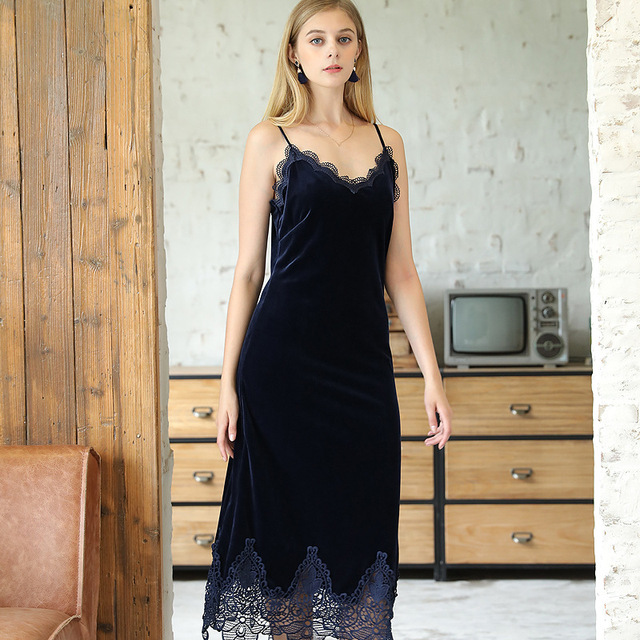 Winter Pleuche Women Lace Nightgowns 2017 Autumn Ladies Sexy Sleep Lounge Home Dressing Gown For Woman Female Warm Nightdress