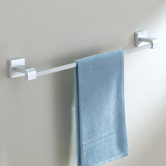 Free shipping 62cm Full solid space aluminum single towel bar towel hanging rod bathroom accessories
