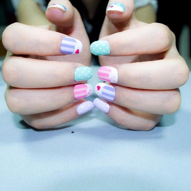 New Candy Kawaii Children Fake Nails Pre glue 20 Pcs Cakes Pattern ...