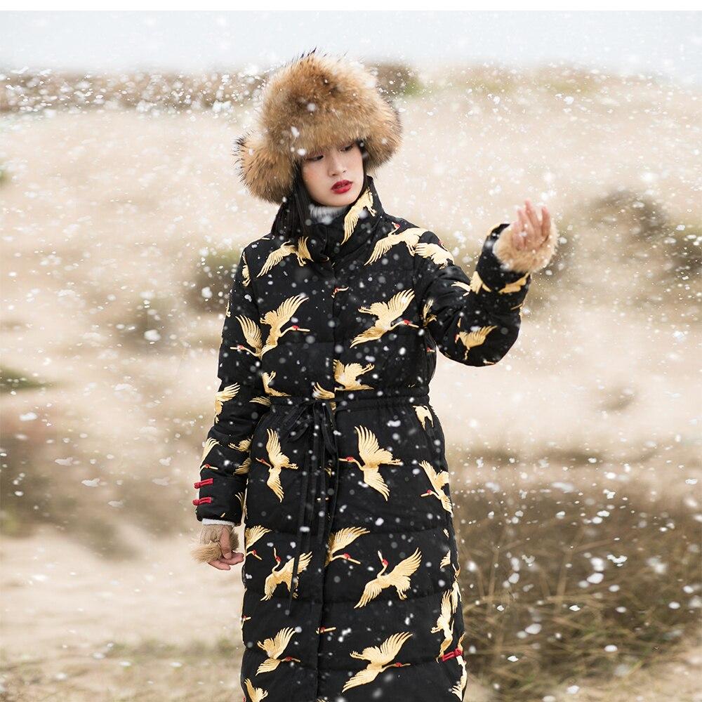 IRINAW749 nouvelle arrivée 2018 vintage or grue brodé maille noir long hiver manteau veste femmes