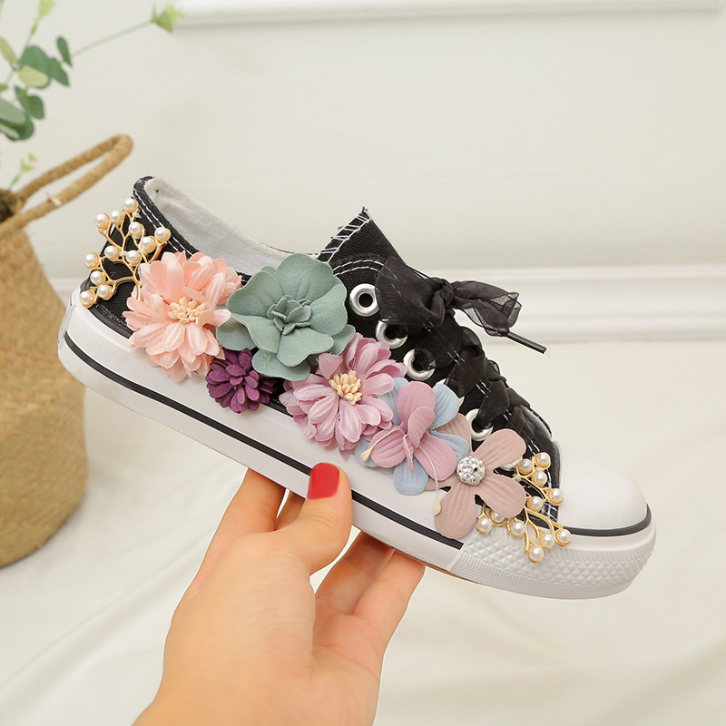 2019 Fashion Appliques Flowers Casual Shoes Ladies Flats Canvas Shoes Woman Sneakers Black White Shoes Walking Shoes2019 Fashion Appliques Flowers Casual Shoes Ladies Flats Canvas Shoes Woman Sneakers Black White Shoes Walking Shoes