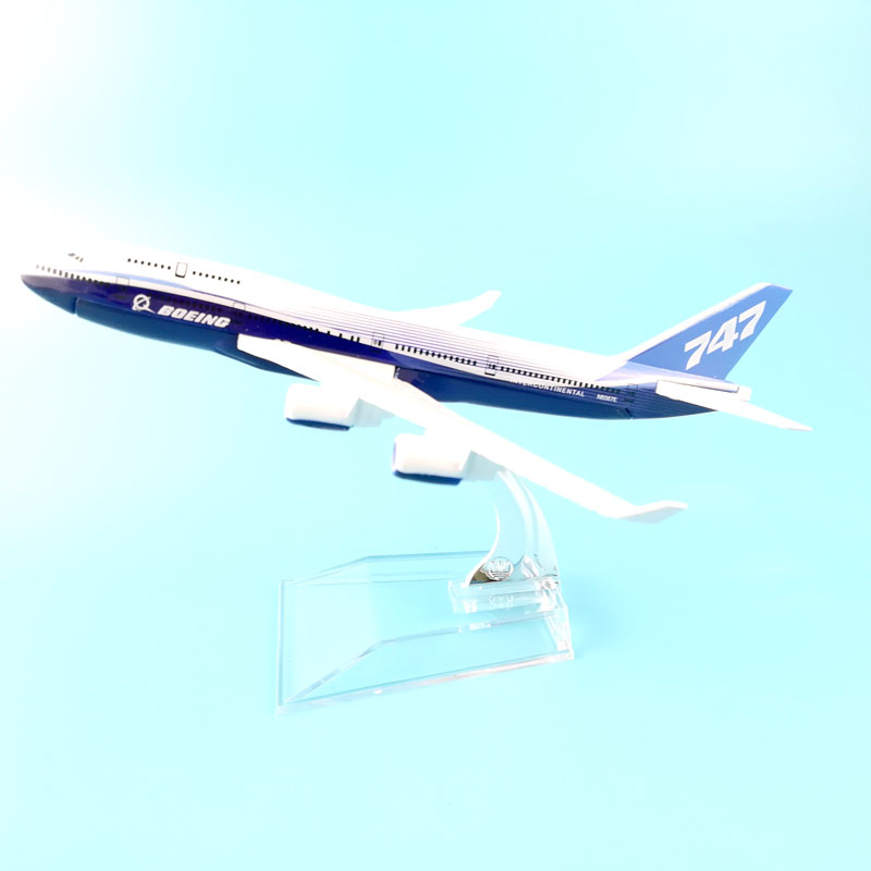 Boeing 747 Dreamliner 16cm Metal Model Prototype Backactor Airplane Models Child Gift Toys Model W Stand Aircraft Free Shipping