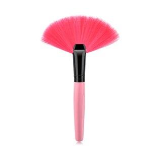 Image 3 - 1Pcs Soft Makeup Large Fan Brush Foundation Blush Blusher Powder Highlighter Brush Powder Dust cleaning brushes Cosmetic Tool
