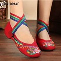 Flat Shoes Women Flats National BeiJing Canvas Shoes Embroidered Chinese Style Female Footwear Spring Ladies Plimsolls SNE-330