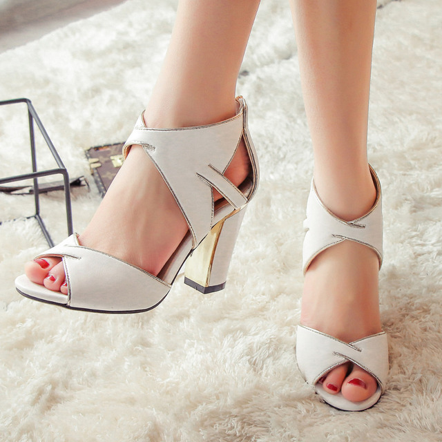New 2017 Summer Square High Heels Women Shoes Open Toe Sandals  Sexy Cut Out Heels Ankle Wrap Shoes for Woman
