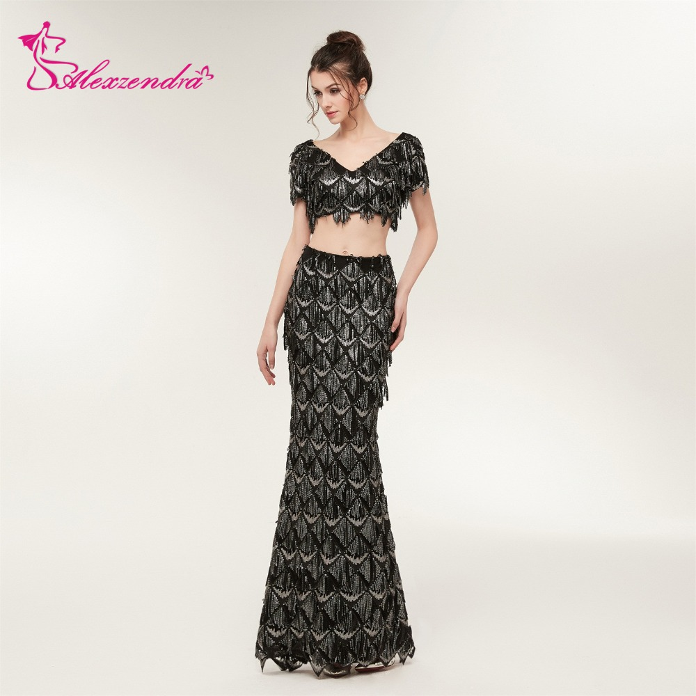 b80fc07ebb Alexzendra Stock Dresses Black Two Pieces Unique Straight Prom Dresses  Sequined Long Evening Dresses Plus Size -in Prom Dresses from Weddings    Events on ...