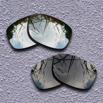 f00c649293 De titanio de plata y negro polarizadas lentes Oakley Jupiter cuadrado gafas  de sol