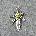 Metrosexual Ms. S925  Takahashi  sterling silver jewelry silver amulet handmade maple leaf feather Pendant