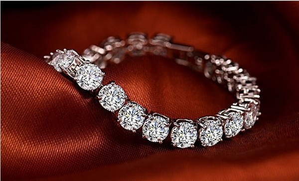 Elegant Certified Sona Synthetic Diamond Bracelet For Women Genuine 925 Sterling Silver Platinum Plated Jewelry