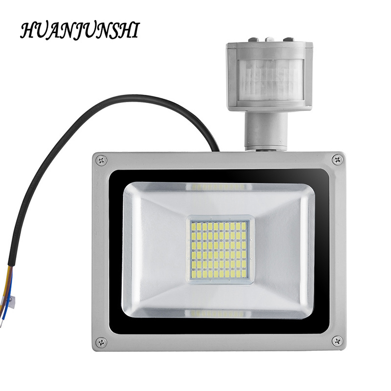Led Flood Light Sensor de movimiento 30W 50W 100W Searchlight 220V Led Floodlight Reflector Lámpara de proyector a prueba de agua Iluminación exterior