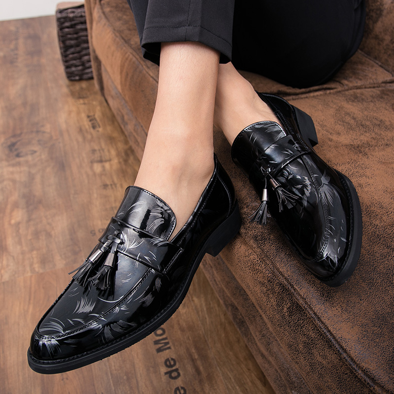 Loafers Men Moccasins Man Flats Wedding Party Men's Dress Shoes Tassels Casual Shoes Formal Business Dress Tassel Shoes L5