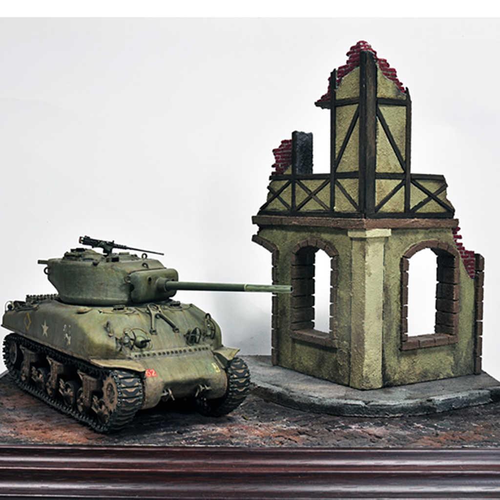 1/35 Wooden European House Diorama Battlefield Ruins