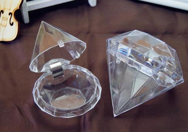 Clear Plastic Diamond Shape Candy Box Wedding Party