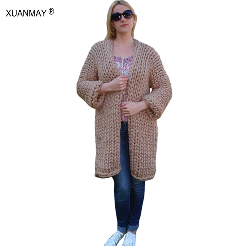 Hiver dame chandail Cardigan manteau 2017 nouveau type épais laine grossière bleu Cardigan chandail blanc à la main épais chandail châle
