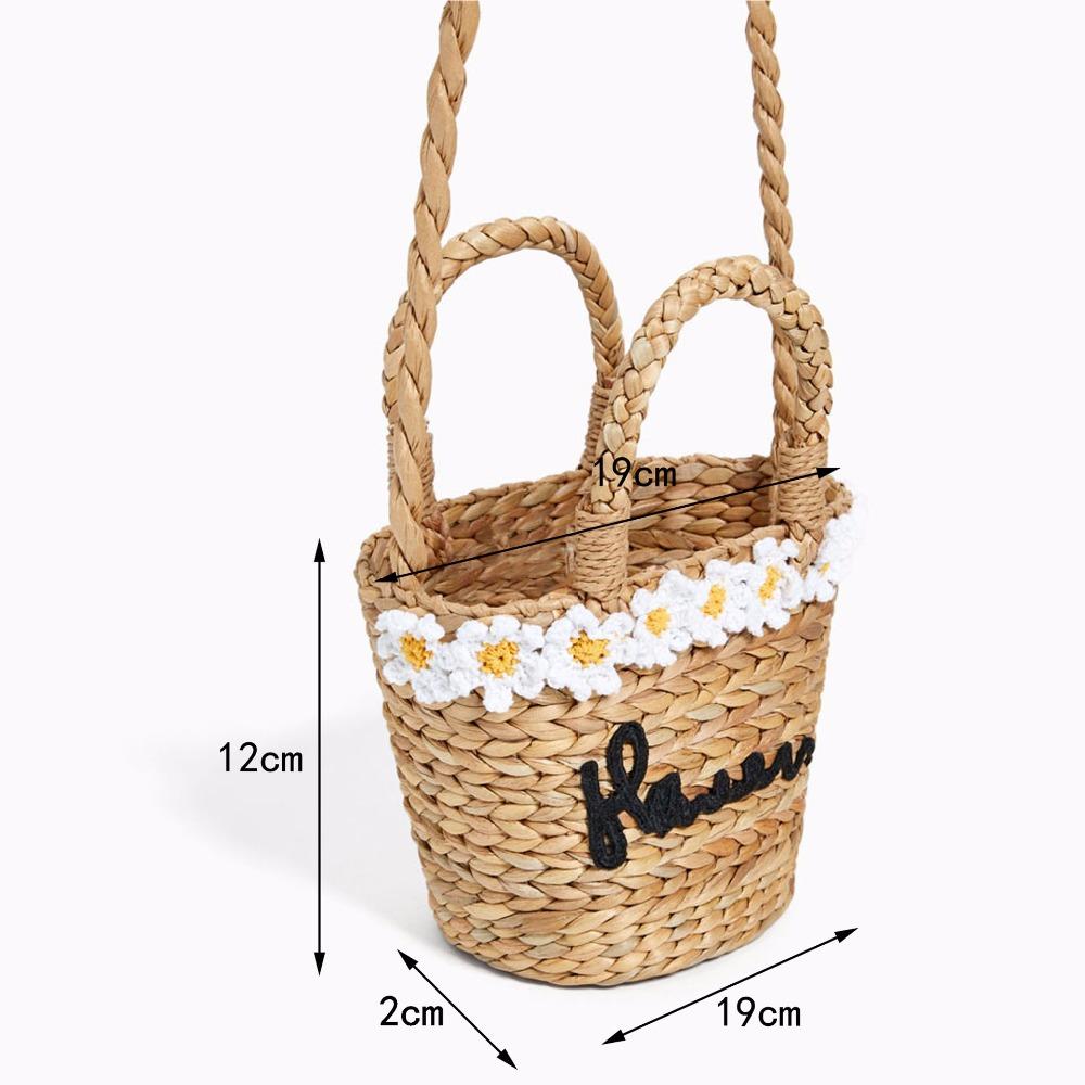 Flower embroidery Bohemian Straw Bag 1