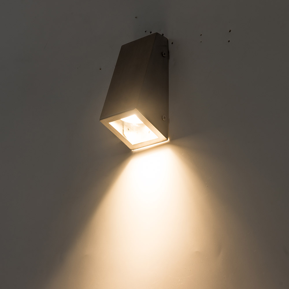 New Style Led Wall Lamp Down Lighting