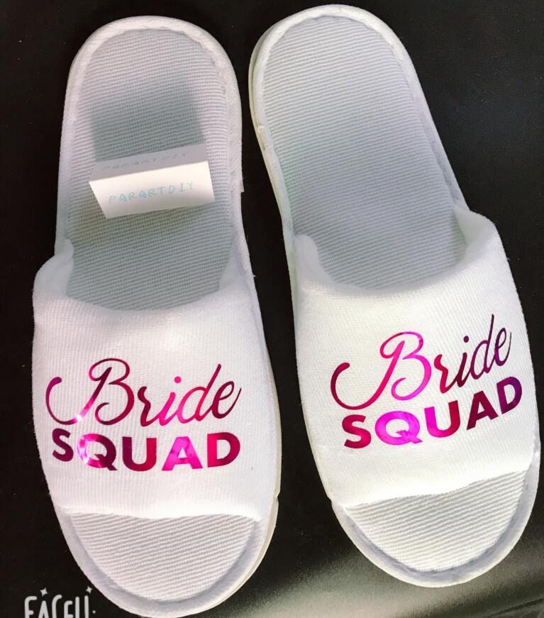 Праздничные и сторона принадлежности customize bride squad Wedding  Bridesmaid Bridal Slippers Hens Night Bachelorette Spa Slippers party  favors gifts ee54fd75a73d