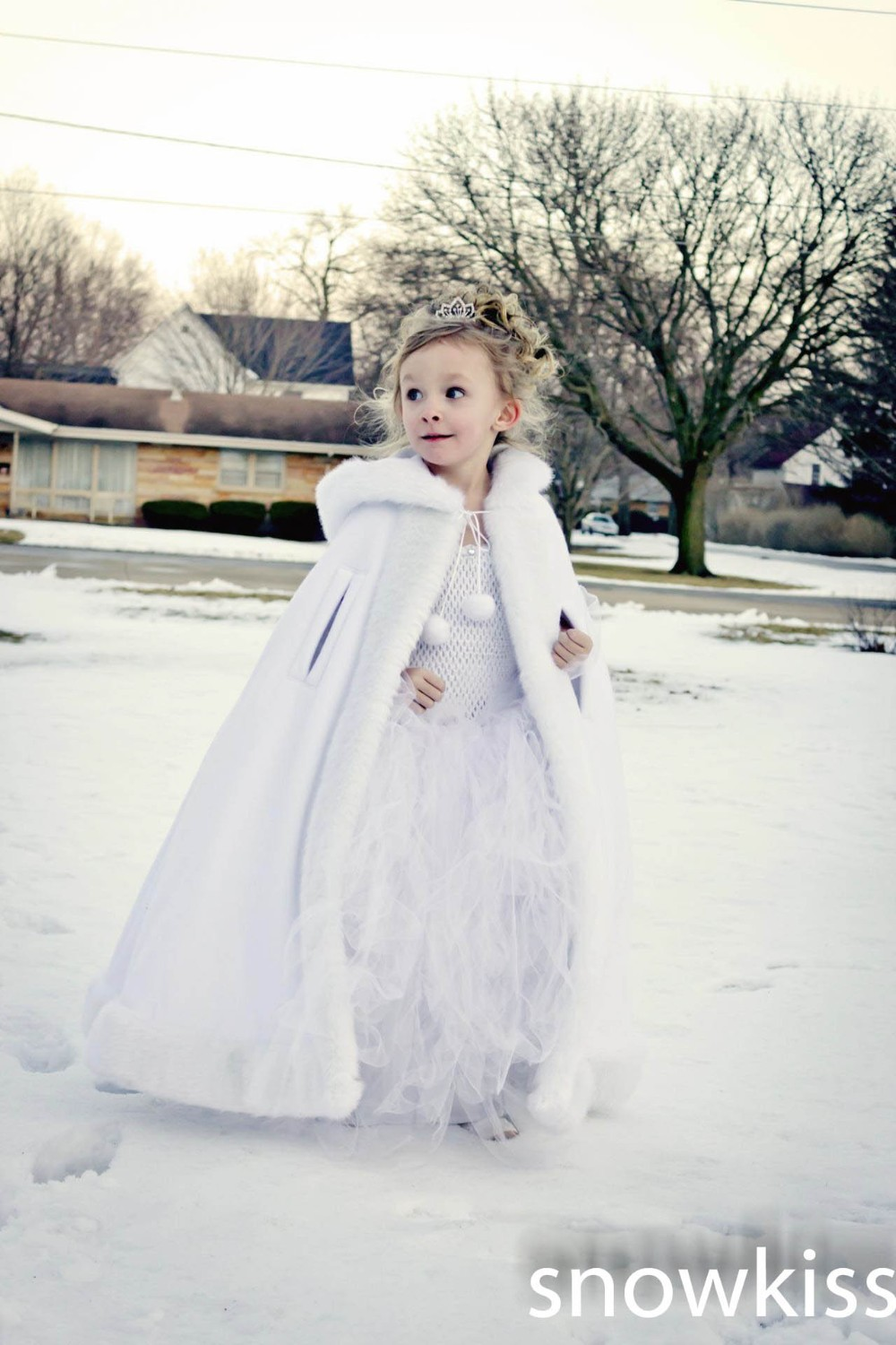 Long Hooded Girls Cape Ivory/White Wedding Cloaks Faux Fur Jacket For Winter Kid Flower Girl Children Outerwear & Coats red hooded 2016 girls cape wedding cloaks faux fur jacket for winter kid flower girl shrug outerwear coats for haloween