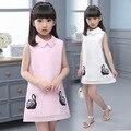 Verano de las muchachas de los Nuevos Niños Femeninos Del Niño Ropa Los Cabritos Del Vestido de Malla Impresión de la Rosa Blanca de Ganso