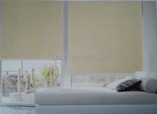 Custom Made 100 Polyester Blackout Roller Blinds Both Side Printed Waterproof Mould Proof