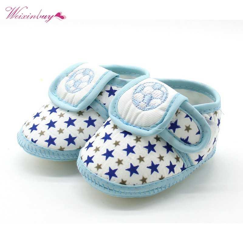 רך בלעדי תינוק נעלי יילוד בנות בני חדש חמוד כוכב כדורגל דפוס כותנה ראשון הליכונים פעוט מוקסינים שחור אדום כחול
