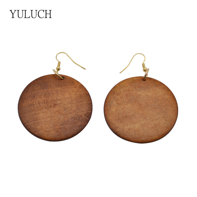 Pair Latest New Arrival Round Design Quality Good Wood Earring