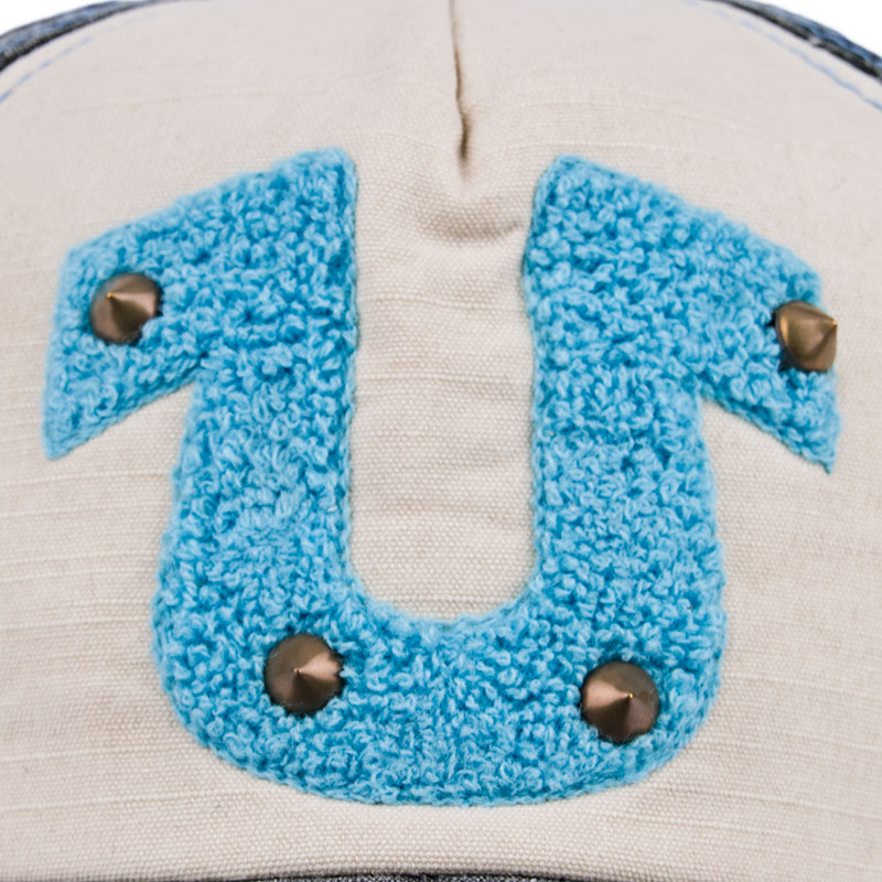 Le crochet up Tackle Orleans ma