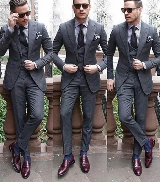 72cdec9bd1a8a Aliexpress.com : Buy Custom Made Gray men wedding dress 2018 Tuxedo Groom  Formal Suit Men 3 pieces (jacket + vest + pants) wedding man suit dresses  ...