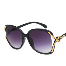 Four-Leaf Clover Sunglasses 2019 New Retro Hollow Men And Women Fashion Pop Big Glasses Street Shoot Wild