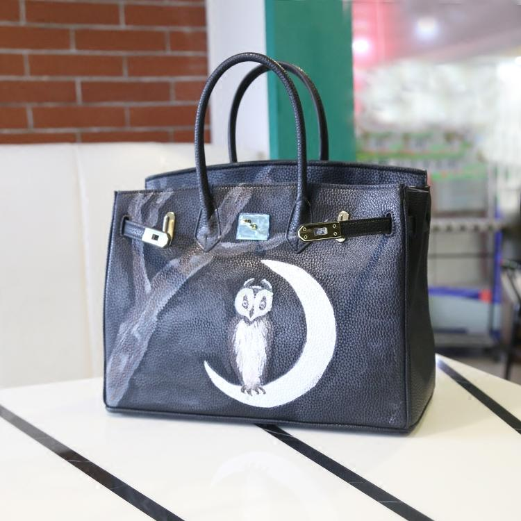 2016 hot Moonlight painted graffiti cartoon character female package European and American fashion luxury large women large bag