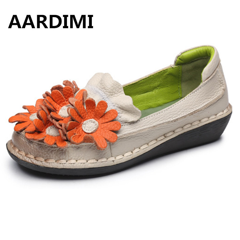 2017 New Vintage Genuine Leather Women Flats Shoes Handmade Flowers Casual Shoes Woman Cow Leather Flat With Loafers Women Shoes new arrival vintage autumn women flats shoes 3 colors genuine leather casual shoes women round toe flat with women s loafers